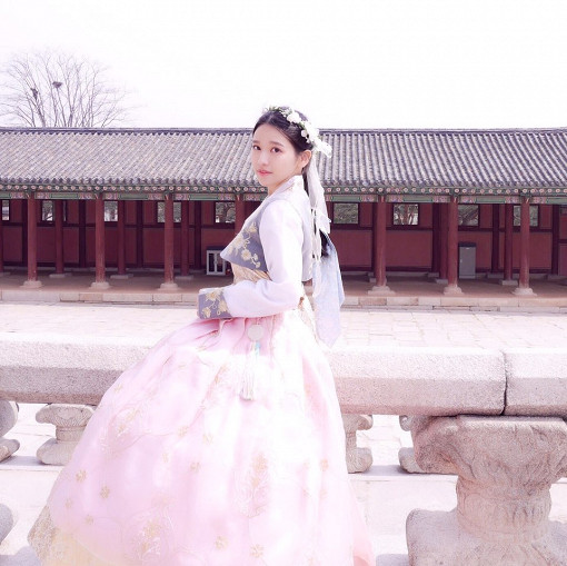 Luxury Hanbok Rental Experience at Gyeongbok Palace_12
