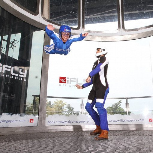 Singapore Indoor Skydiving Tour_4