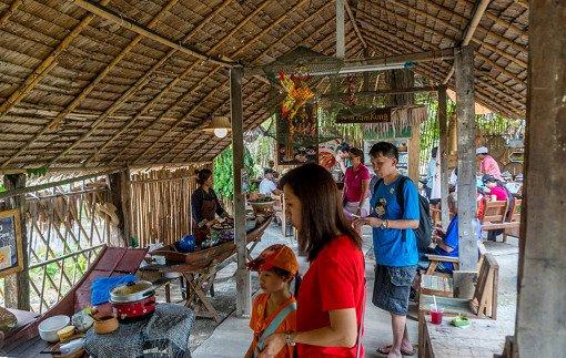 Thailand Pattaya Floating Market Thai Folkway Village Tom Yum Koong Demonstration