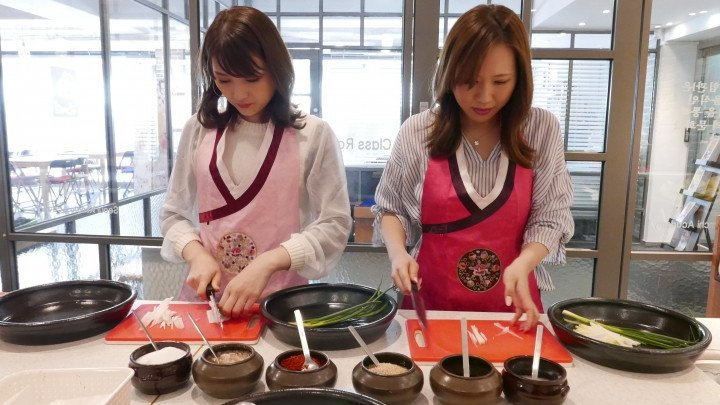 Kimchi Making Class and Hanbok Experience